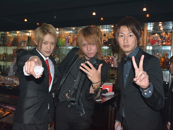 笑顔とシャンパンのお祭りだ!E-GENERATION2周年イベント!